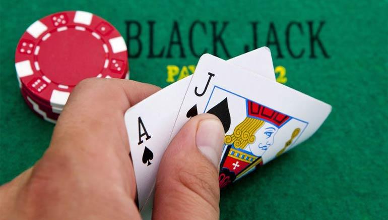 Blackjack iš tikrų pinigų