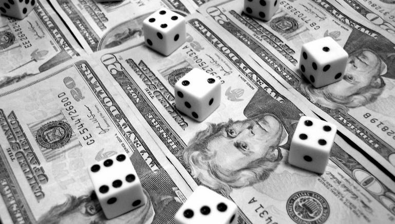 Kodėl lošėjai renkasi momentinius lošimus