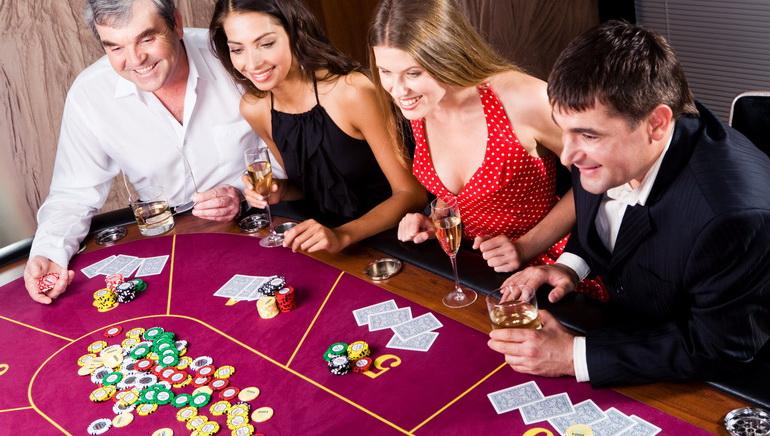 Patys populiariausi internetiniai kazino žaidimai