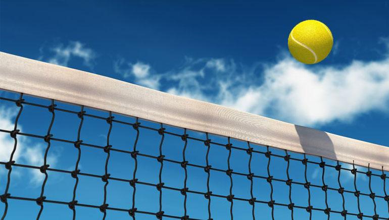 Lošimų automatai teniso tema švenčia Prancūzijos atvirąjį teniso čempionatą
